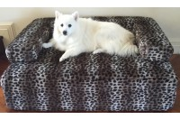 Magnetic Designer Pet Bed with Faux Fur Cover