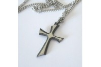 Magnetic Necklet 'Modern Pewter Cross'