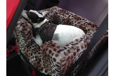 Magnetic Dog Car Seat Small