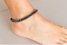 Magnetic Hemitite Stretch Anklet - Large Barrel Bead - (Retractable Gel)