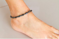 Magnetic Hemitite Stretch Anklet - Diamond Cut Bead - (Retractable Gel)