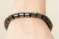 Magnetic Hemitite Stretch Bracelet - Large Barrel Bead - (Retractable Gel)