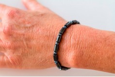 Magnetic Hemitite Stretch Bracelet - Oblong Bead - (Retractable Gel)